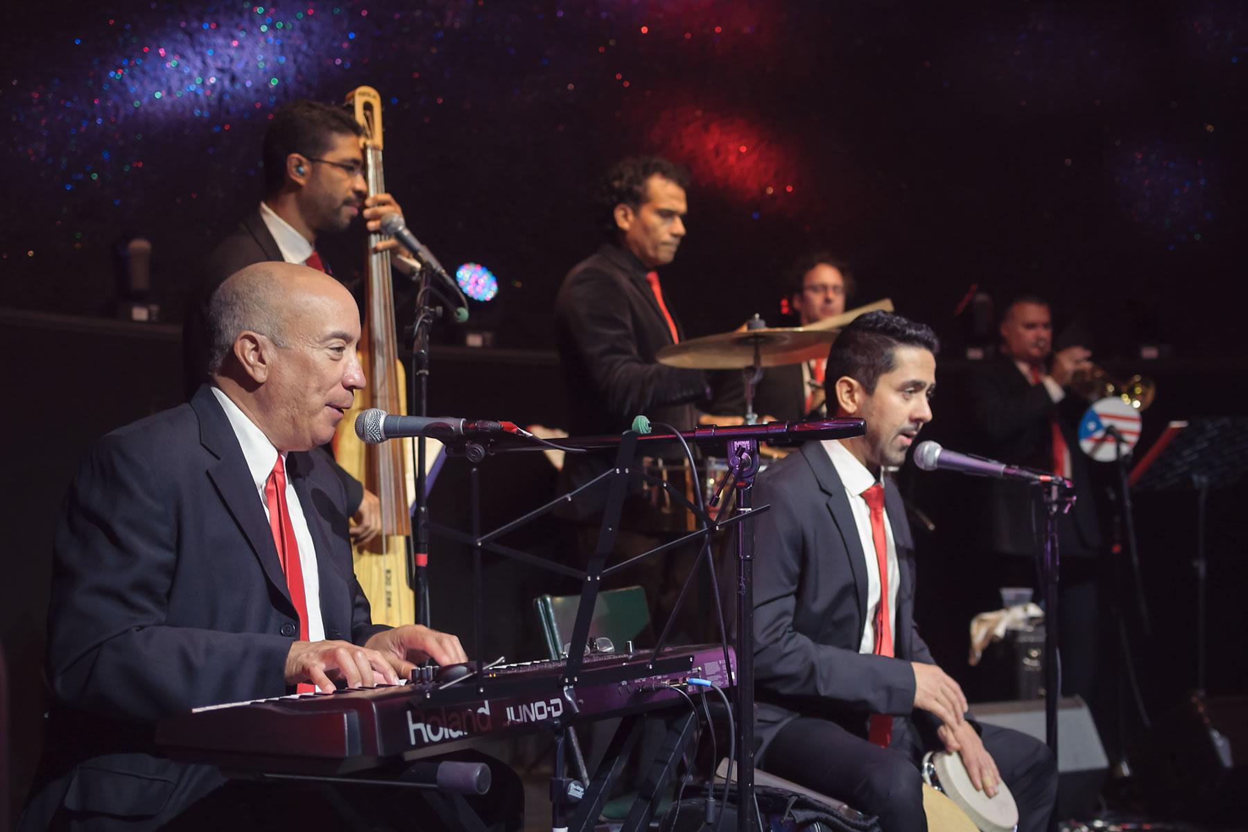 Sonido-Costeno-orchestra-relief-layered-picture-Empire-City-Yonkers-Raceway-Casino-concert